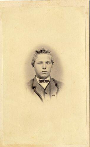 1860s Antique Victorian CDV Carte de Visite Photo Dapper Young Lad Boy Vignette