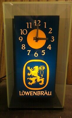 LOWENBRAU BEER CLOCK - LIGHTED - VINTAGE