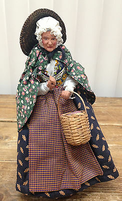 Clay French Provence Figurine Santon Old Chambermaid Market Basket Straw Hat Bark ??