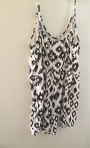Size 16 (4xl) playsuit may fit up to a size 20 $15 Alderley Brisbane North West Preview