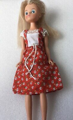 Vintage dolls 70s. Dress will fit  a Daisy doll or similar size