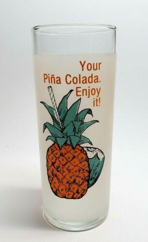 VINTAGE PIÑA COLADA GLASS / CARIBE HILTON HOTEL / SAN JUAN PUERTO RICO 1950