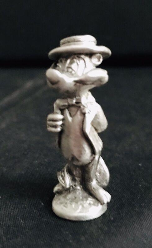 Pewter PEPE LE PEW Skunk Cartoon Silver Metal Statue Figurine K