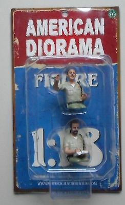 SEATED SHERIFF in BEIGE AMERICAN DIORAMA 1:18 Scale Figurine Man Figure