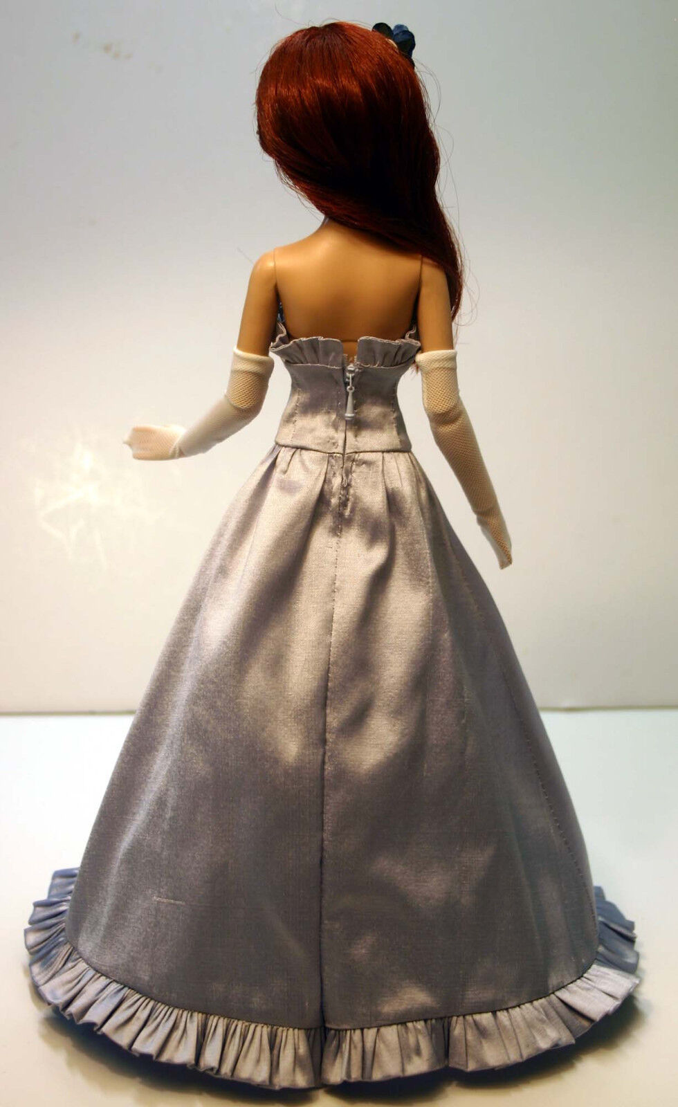 Old fashioned doll clothes 88