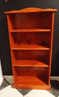 4 shelf real wood bookcase Craigmore Playford Area Preview