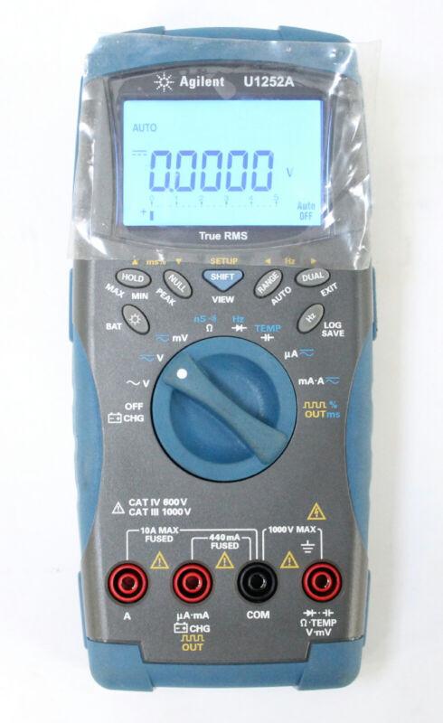 Agilent Keysight U1252A Handheld Multimeter Counter Square Generator