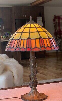 "26""Tiffany Stained Glass Lamp VERY HEAVY SHADE/ Beautiful"
