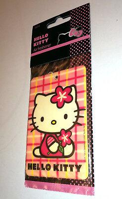Hello Kitty Lufterfrischer (Hello Kitty HANGING CAR AIR FRESHENER Lemon Scent 26014 PINK CHECK FLOWER Motor)
