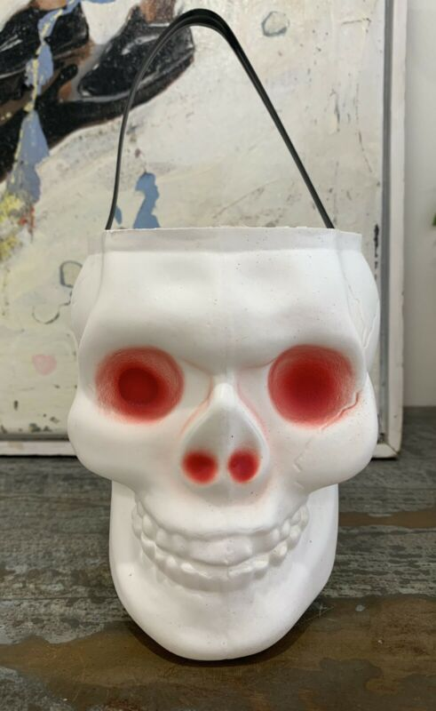 Vintage EMPIRE Blow Mold Skull Red Eyes Halloween Candy Trick Treat Bucket Pale