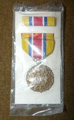 Original Full-sized US Army National Guard Achievement Medal - New on card