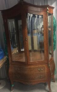Antique french bombe Louis XV curio display cabinet