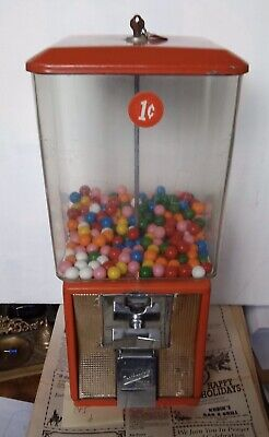 VINTAGE One Cent Gumball Machine with Northwestern Glass with key