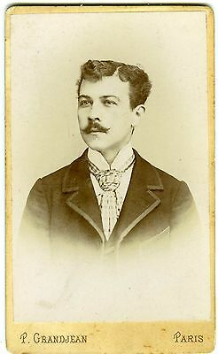P. Grandjean Paris un homme pose fashion mode 1900 PHOTO CDV belles moustaches