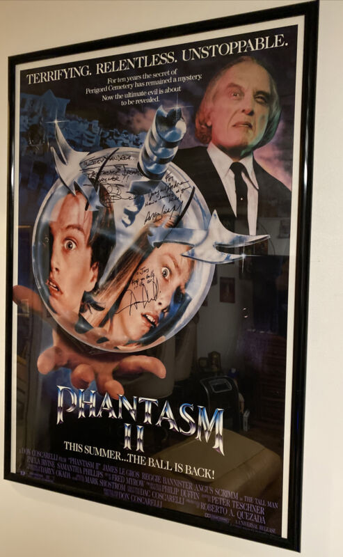 Phantasm 2 II Poster Signed By Angus Scrimm Reggie Bannister & Don Coscarelli