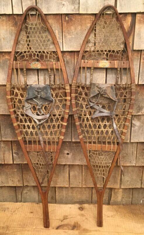 Vintage Pair Of Wooden NORTHLAND SKI Snowshoes Log Cabin Restaurant Home Decor