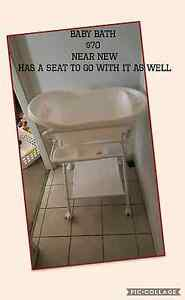 Baby bath with stand and seat Beaudesert Ipswich South Preview