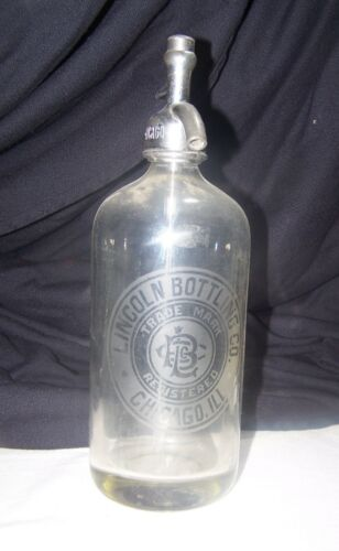 Vintage LINCOLN BOTTLING COMPANY Seltzer Bottle CHICAGO IL.
