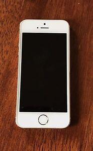 iPhone 5s 16gb Gold Glen Waverley Monash Area Preview