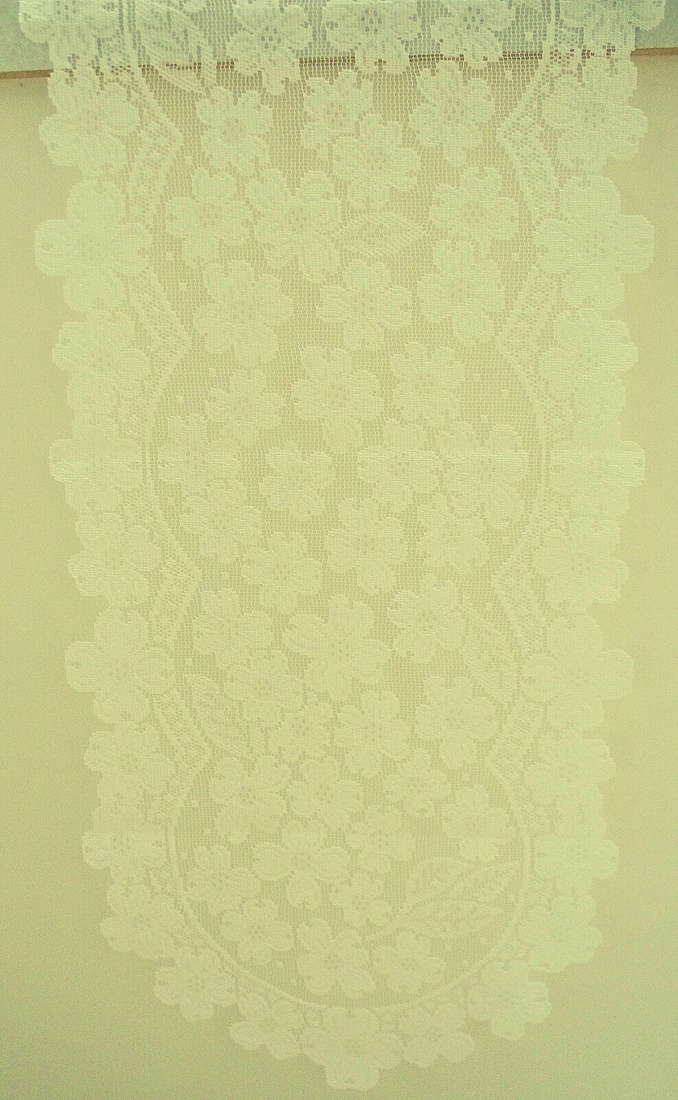 Dogwood 14x53 Ecru Lace Table Runner Heritage Lace