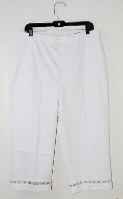 NWT Alfred Dunner Women's Plus White Classic Fit Embellished Capri Pants Alfred Dunner Capris