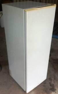 Refrigerator Kelvinator single door in working order