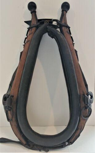 ANTIQUE HORSE LEATHER HARNESS COLLAR W OAK HAMES, CAST KNOBS, ORIG HARDWARE