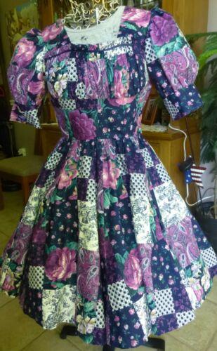 "Youthful Style! Swing / SQUARE DANCE Dress - 21"" Skirt Purple & Navy Print"