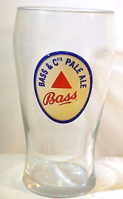 (Vintage Bass & Co.'s Pale Ale Pub Style Pint Glass)
