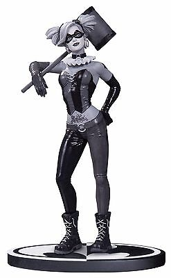 Batman Black   White Harley Quinn Statue Dc Collectibles Lee Bermejo New   5200