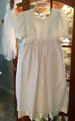 Beautiful White First Communion Dress - Girls size 8 and veil