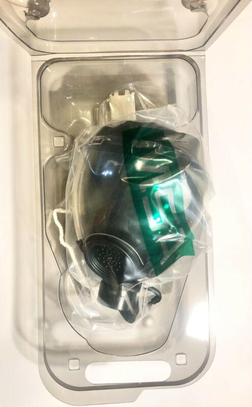 BRAND NEW MSA 10051287 MD Millennium Riot Control Gas Mask  Medium - Clear