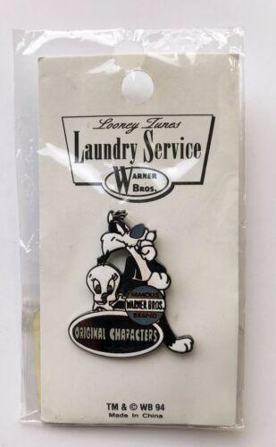 Warner Bros Looney Tunes Laundry Service Sylvester & Tweety Enamel Pin 1994 NRFP
