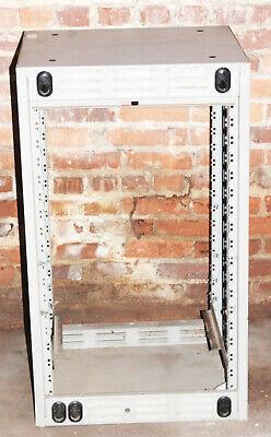 G.e Ericsson Mastr Iii Radio Repeater Base Station Metal Case Cabinet Rack Mount