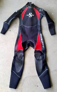 Scubapro wetsuites and fins. Smithfield Cairns City Preview