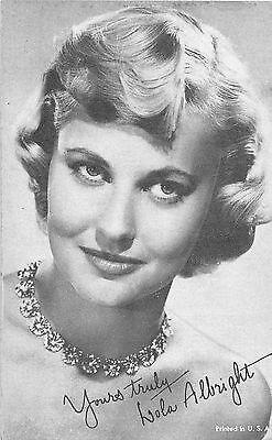LOLA ALBRIGHT AMERICAN SINGER & ACTRESS ARCADE CARD NON-P/C