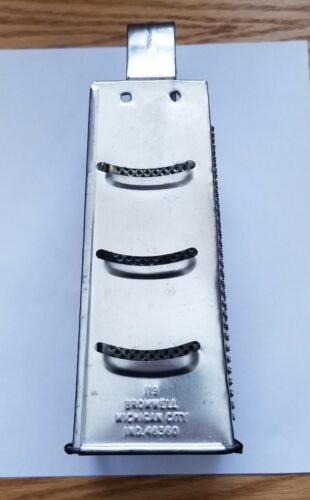 Vintage Bromwell #119 Box Cheese Grater 4 Sided ~ Michigan City