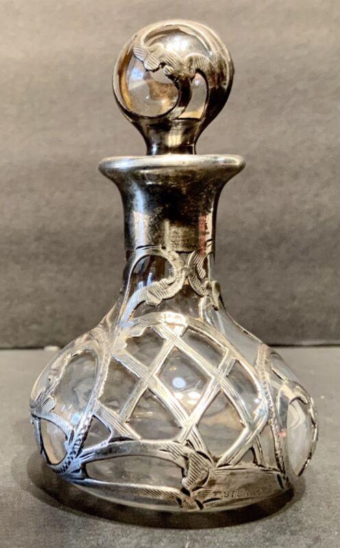 ART NOVEAU STERLING SILVER OVERLAY BLOWN GLASS PERFUME BOTTLE VANITY BOUDOIR