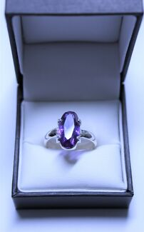 European Lab Created Amethyst in a Sterling Silver (925) Ring