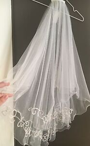 Ultimate Bridal 2 tier Veil with flowers detail - 85cm Northgate Port Adelaide Area Preview