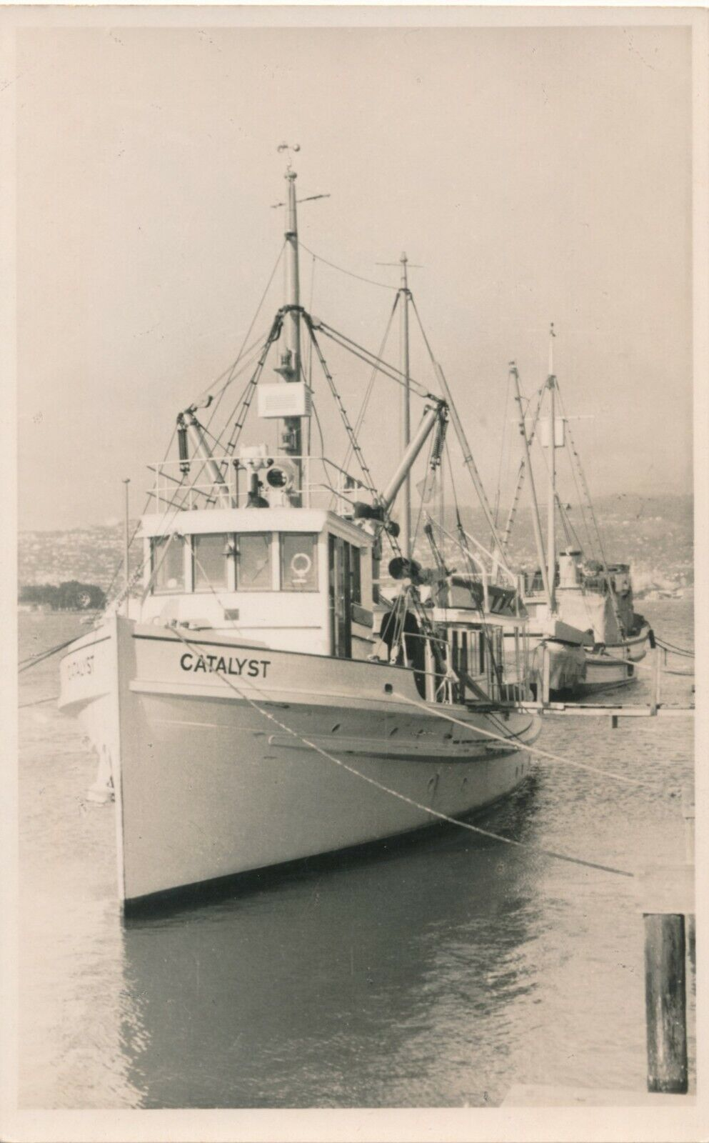 Snapshot bateau catalyst yacht pêche mer sailor boat chalutier vintage