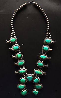 VINTAGE HAND CRAFTED NAVAJO STERLING SILVER & TURQUOISE SQUASH BLOSSOM NECKLACE