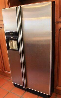 """American"" fridge-freezer, free-standing, silver, used"