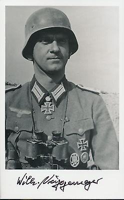 Wilhelm Niggemeyer signed photo. Oakleaves winner.