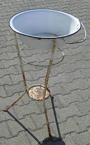 dachbodenfund lavabo antik wasch tisch st nder metall email schale garten deko ebay. Black Bedroom Furniture Sets. Home Design Ideas