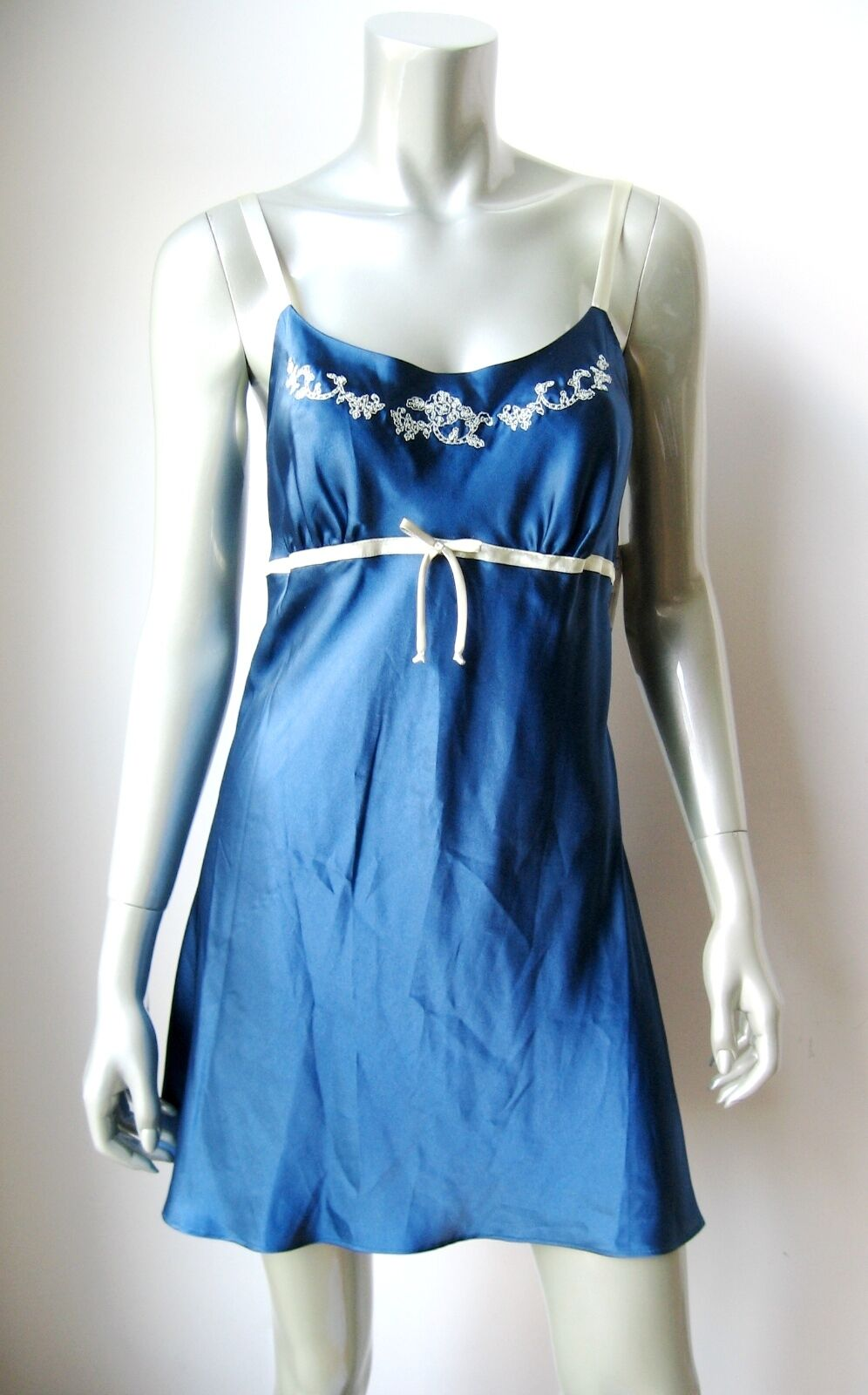 www.prominentresults.com :IN003 Jones New York NEW 1J217C White Embroidery Trim Blue Satin Essentials Chemise L