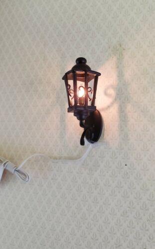 Dollhouse  Miniature Light Black Coach Exterior Wall Lamp 1:12 Scale 12 Volt