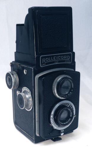ROLLEICORD Type III 3 Vintage TLR Film Camera Carl Zeiss 75mm f/4.5 Lens Germany