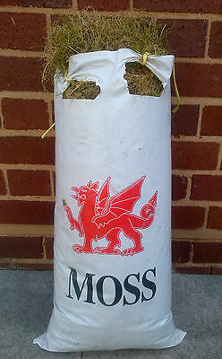 Moss for Baskets; Wreaths; Garden; Floral; Pets; one bag of 25L capacity