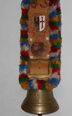 Alte Kuhglocke mit reich verziertem Ledergurt - Handarbeit -aus dem Allgäu
